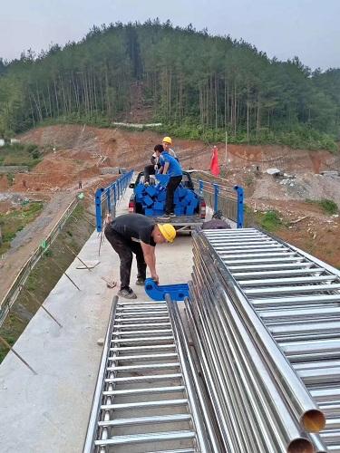 西安不锈钢碳素钢复合管防撞护栏质量好