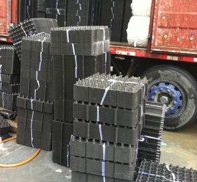 吉林10公分草石隔离带制造公司