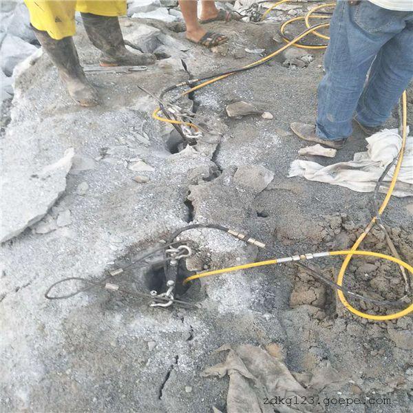 宁夏采石场荒料解体分石机