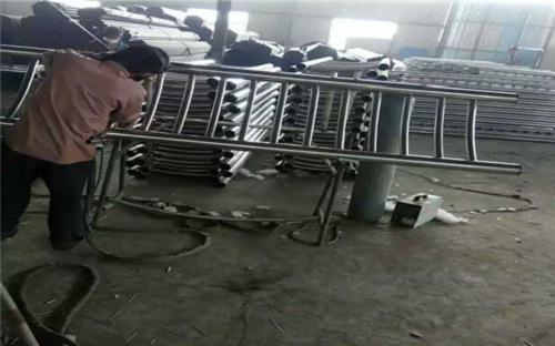 橱柜安装费用 防城港不锈钢复合管护栏厂家直销价格