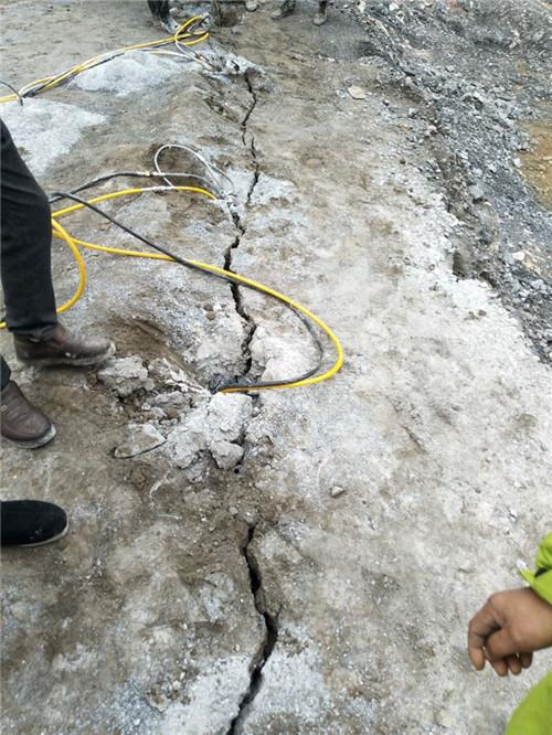 吉林土石方开采破石头什么设备效率高每日报价