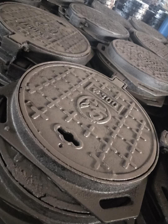 吉林(700*800球墨铸铁井盖)重型