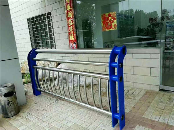 吉林316不锈钢复合管桥梁护栏供应商家、