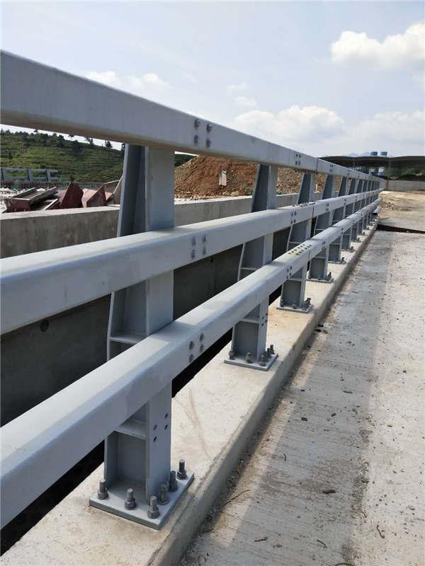 宁夏201不锈钢复合管栏杆厂家哪家好、