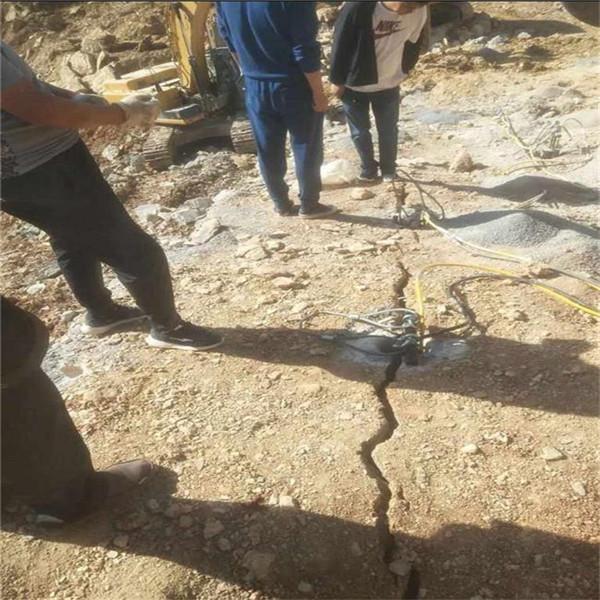 挖机成本太高有什么机器能快速破石头吉林