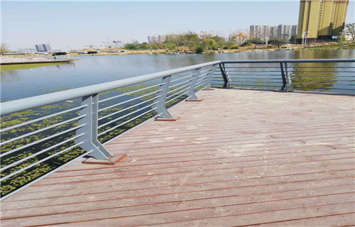 宁夏304不锈钢景观栏杆参考价格