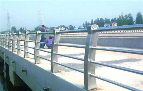 宁夏河道隔离栏杆品牌保质保量