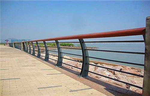 嘉兴不锈钢复合管道路护栏销售