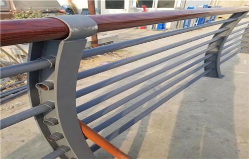 嘉兴河道防护不锈钢栏杆加工