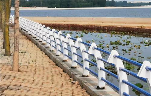 厂家销售:嘉兴q235桥梁防撞栏质量精良