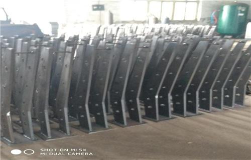 嘉兴Q235材质钢板立柱美观耐用