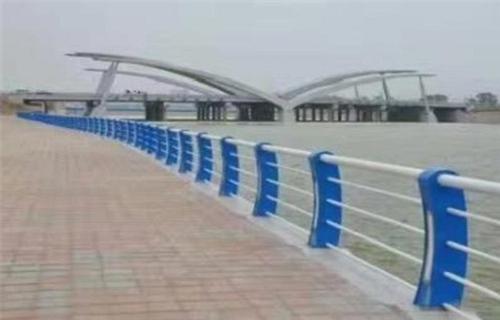 芜湖不锈钢碳素钢复合管护栏厂家价格