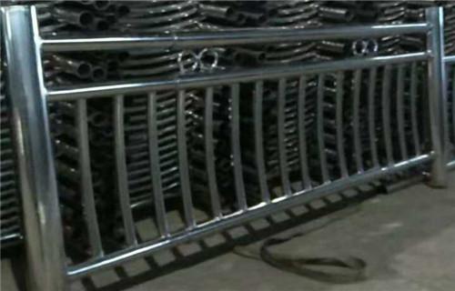 嘉兴桥梁防撞支架质量保证